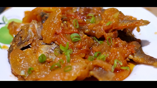 Dried Fish with Tomatoes (Kinamatisang Buwad)